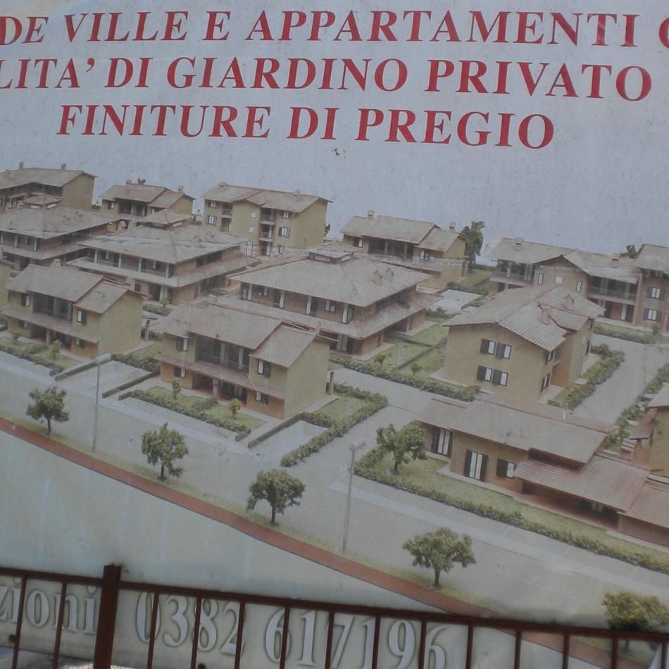 Complesso residenziale composto da Ville e Palazzine in Travacò Siccomario, a Pavia