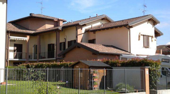 Complesso residenziale composto da Ville e Palazzine in Mirabello, a Pavia